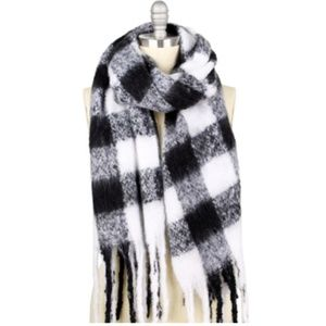 Black White Buffalo Checked Fringed Oblong Scarf